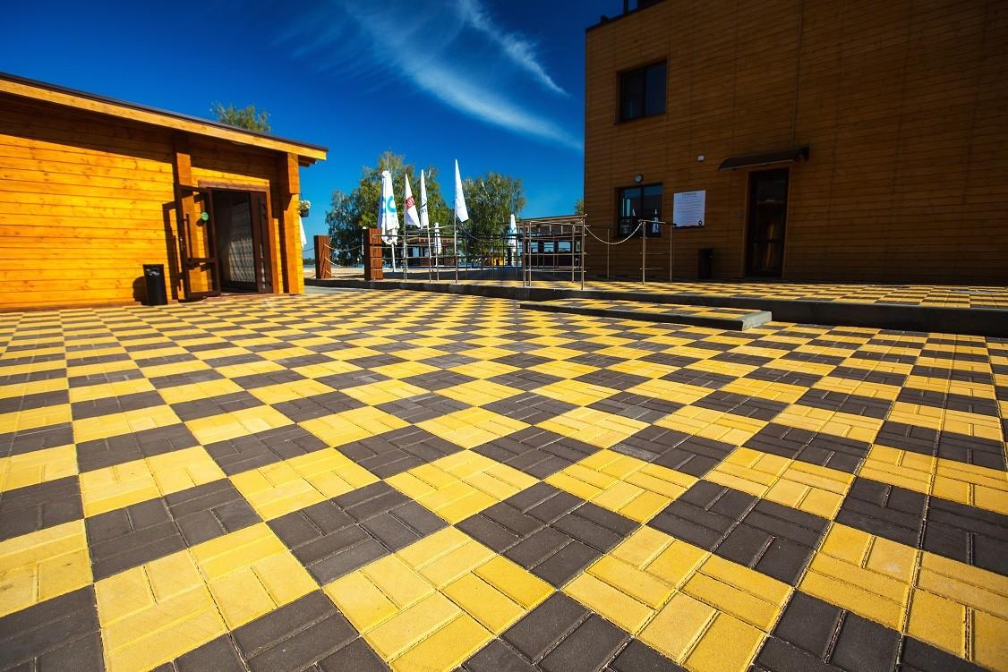 Пример раскладки плитки кирпичиком шахматкой
