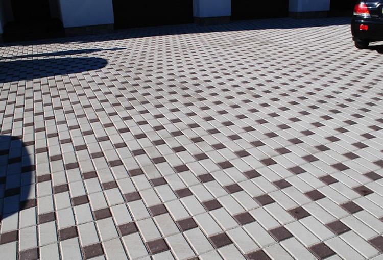Пример укладки плитки из двух цветов белая и красная